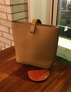 LOEWE CLASSIC BAG ( WITH POUCH )